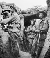 AUSTRALIANS IN TRENCHES