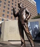 J.F.K. Statue