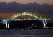 El Puente de las Américas