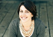 Robyn Groves, your Stella & Dot Stylist