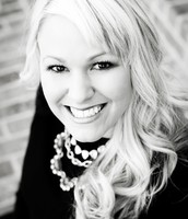 Lindsey Bartley, REALTOR, Team Leader & Listing Agent
