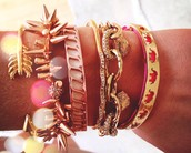 Stella & Dot gives back and empowers women!