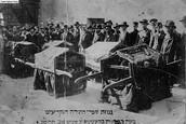 3 ימים של גיהינום: כ50 יהודים נרצחו, מאות נפצעו ורכוש רב הושמד