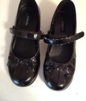 Stride Rite black 12 shoes $5