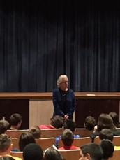 Maud Dahme presents to Harding 5th Graders on the holocaust