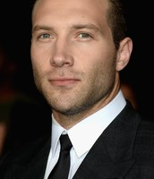 Jai Courtney - Eric Coulter