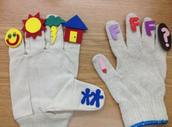Story Grammar Gloves