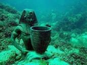 Underwater Satue