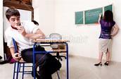 Se prohíbe comen en la clase