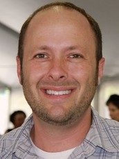 ABOUT THE AUTHOR : Jay Asher