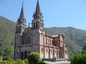 Basílica de Santa María la Real de Covadonga (Astúries)