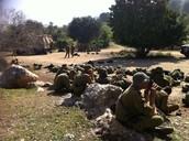 """חיילים של חיל האיסוף הקרבי בסוף מסע """"סוף מסלול"""" שהתקיים בפארק"""