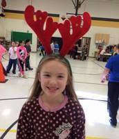 Jenna rocking her holiday head gear!