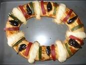 """The """" Rosca de Reyes .""""  Oval sweetbread"""