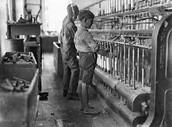 Children watching the thread