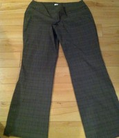 92. Rickis, Size 16 Pull on Dress Pants