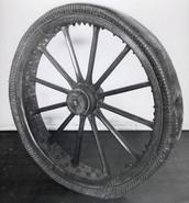 Premier pneu pneumatique