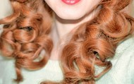 """""""My daughter's hair curls against the comb"""