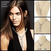 Casablanca Pendant Necklace - 3 in 1
