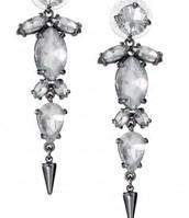 Jocelyn Drop Earrings $22 SOLD (McKenna Opland)