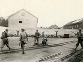 Waffen SS soldiers being murdered