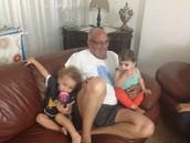 אל-ימיי ושירת -ימיי עם סבא