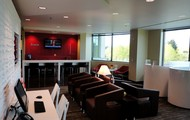 Buisness Lounge and Refresh Bar