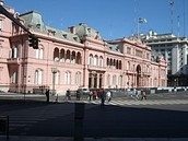 What caused Argentina's elected leaders to govern poorly in the 1900's?