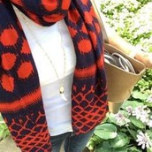 Union square scarf in navy and red