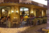 La Luz Restaurant and bar