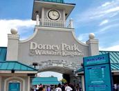 Visitan el parque de Dorney