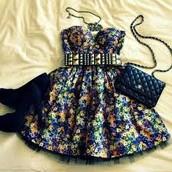 el vestido y el bolso