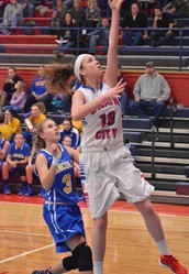 Courtney Wise sets a new girls basketball single game scoring record