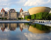 the city of Albany