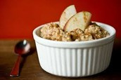 Crock-Pot Apple-Cinnamon Oatmeal