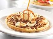 Waffle de arequipe y helado.