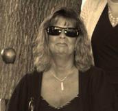 Mrs. Dell Announces Retirement