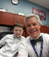 Principal selfie