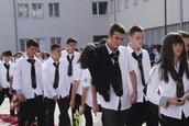 Why schools cross the nation should stop with school uniforms