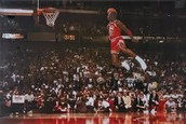 Michael Jordan Dunks from the Free Throw Line in a Dunk Contest
