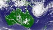 cyclone hits australia