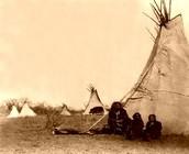 Comanche Tee pees