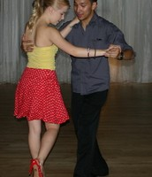 How to dance the salsa