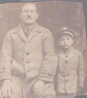 הלל הילד עם אביו, דב בצ'רנוביץ באוקריינה