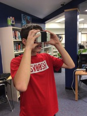 Middle School Students Experiment with Virtual Reality