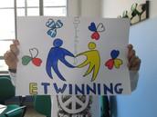 C'est notre  Journée de la solidarité eTwinning!!!