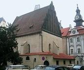 """אלטנוישול - בית הכנסת של המהר""""ל בפראג"""