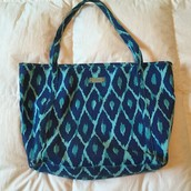 STYLIST EXCLUSIVE TOTE  Sale $10
