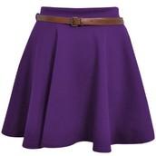 Une jupe violette