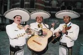 A common 3 person mariachi band